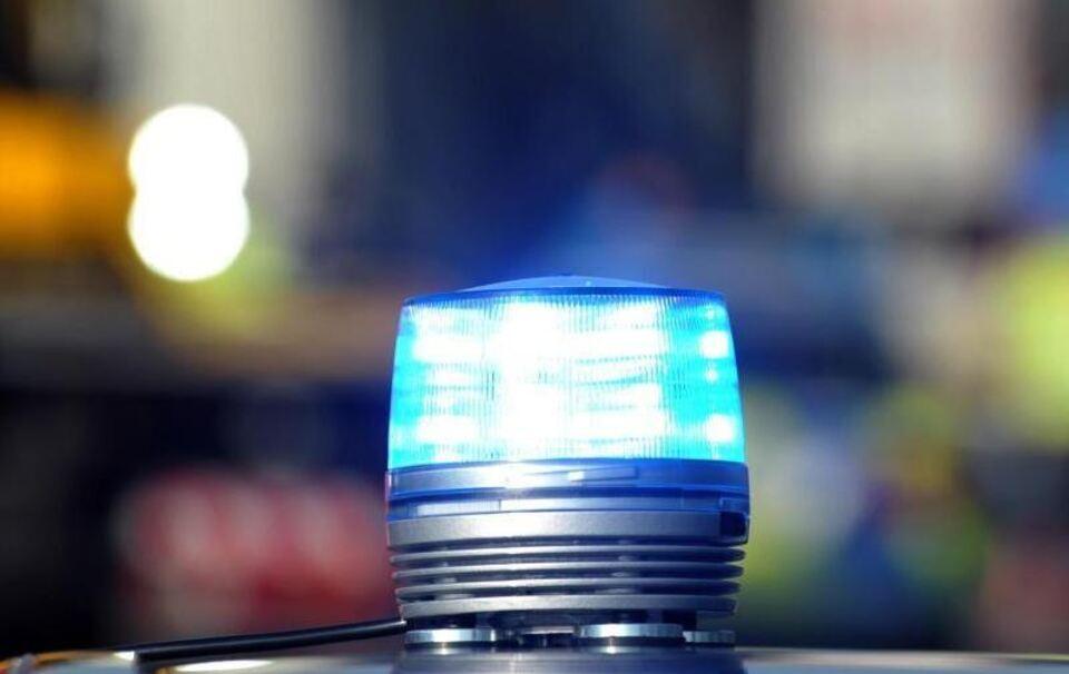 Berufsschule im Sauerland Polizei rückt nach Amok-Alarm aus - eine Festnahme